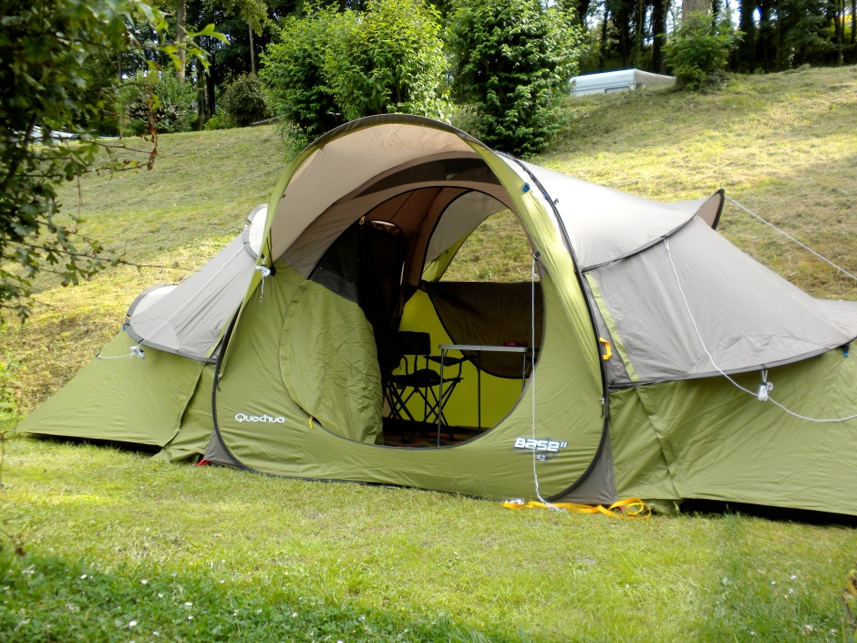Quechua Base Seconds 4.2 tent