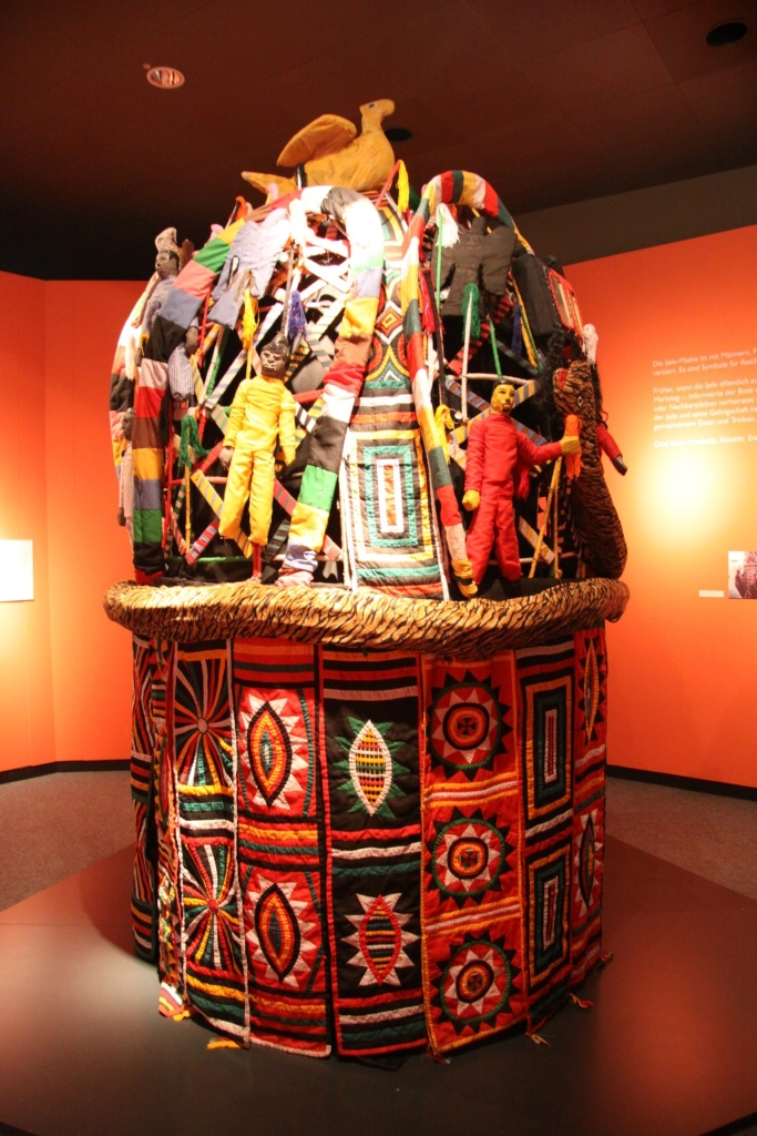 Very large Nigerian piece that is currently 'danced' in cultural events in Germany