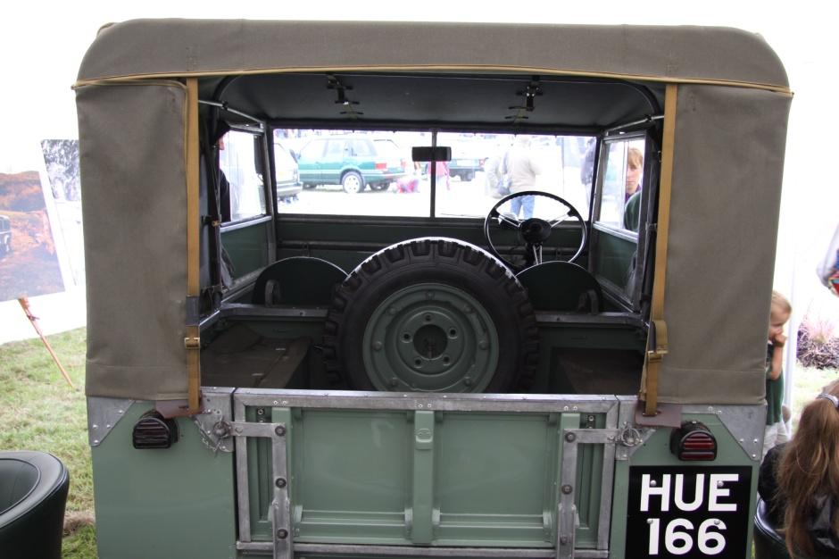 Rear view of HUE 166