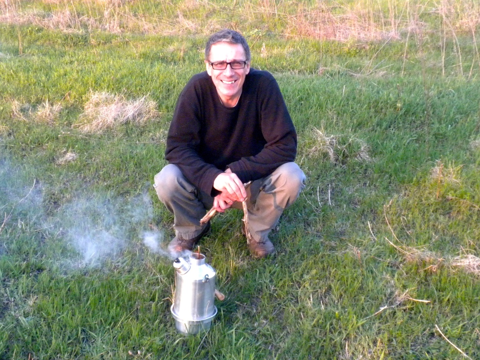 Klaus gets to grips with the Ghillie kettle to boil the dish washing water