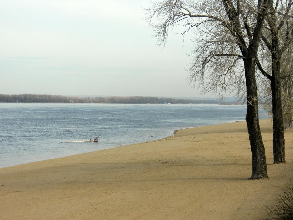 Beach on the bank of the Volga