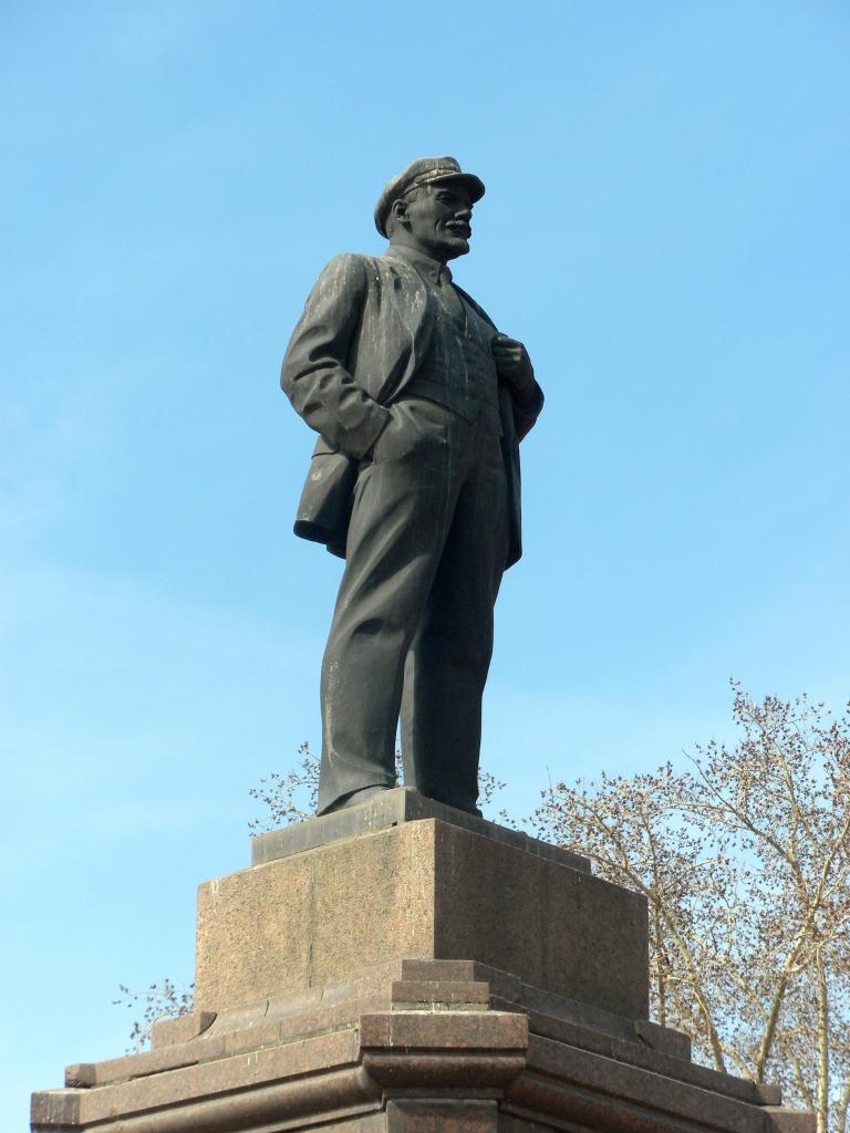 Lenin statue in Samara