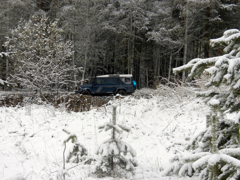 The Defender in a snowy scene