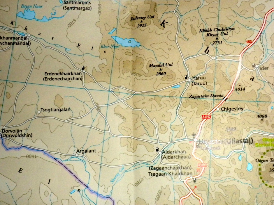 Map showing Uliastai and Erdene-Khaikhan (and the small Khar Nuur)