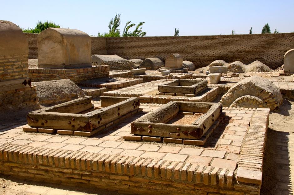Grave sites at Chor-Bakr Necropolis