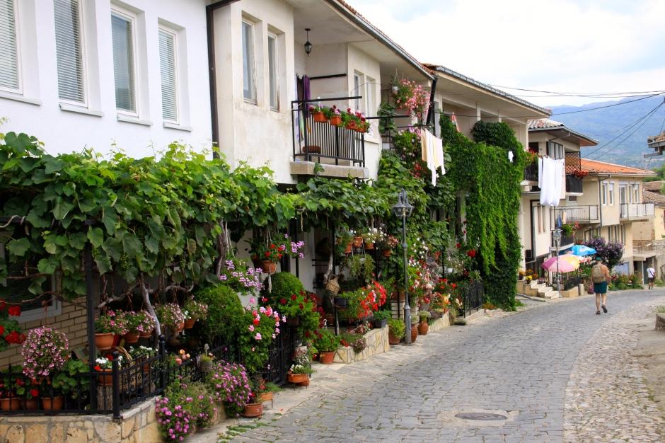 Houses crowd along the narrow roads
