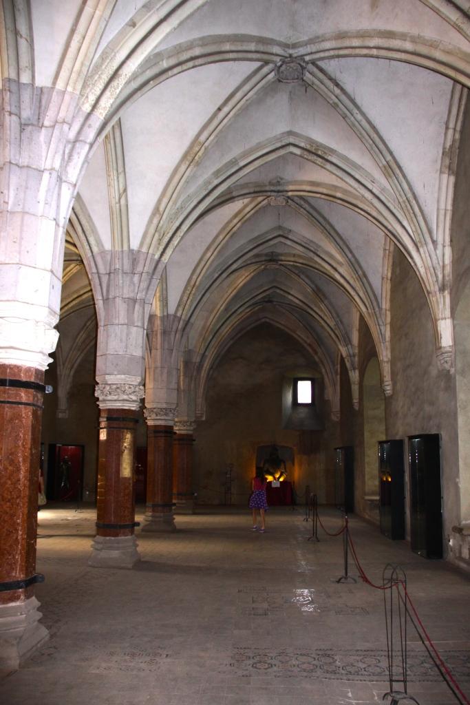 The Knight's Hall - Corvinesti Castle