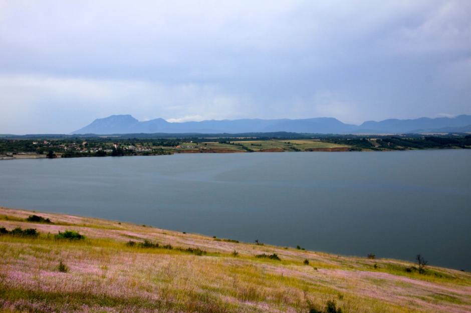 Lake near the town of Montana