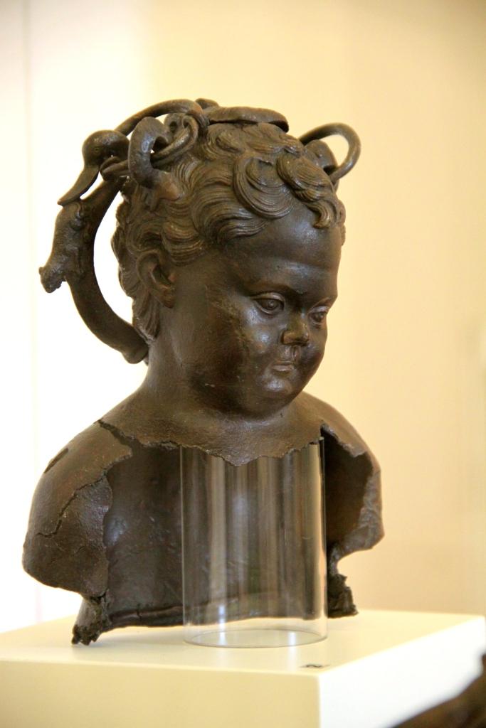 Bronze bust if a child (2nd century)