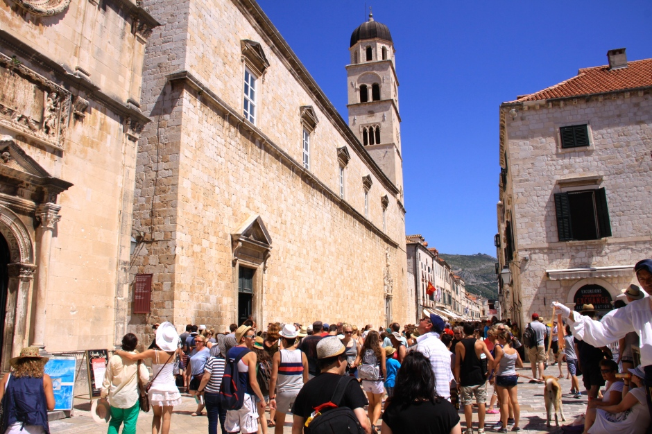 Lots of tourists in the main lanes in the old town