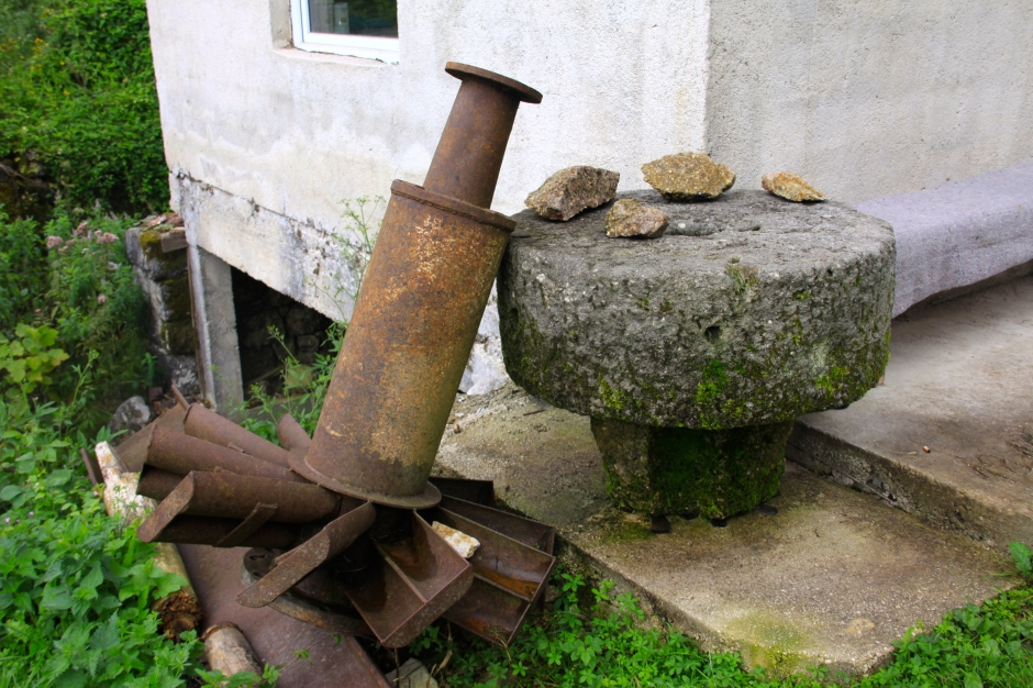 Mill stone and 'water wheel' mechanism