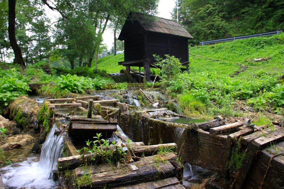 Wooden waterways channel water to the mills