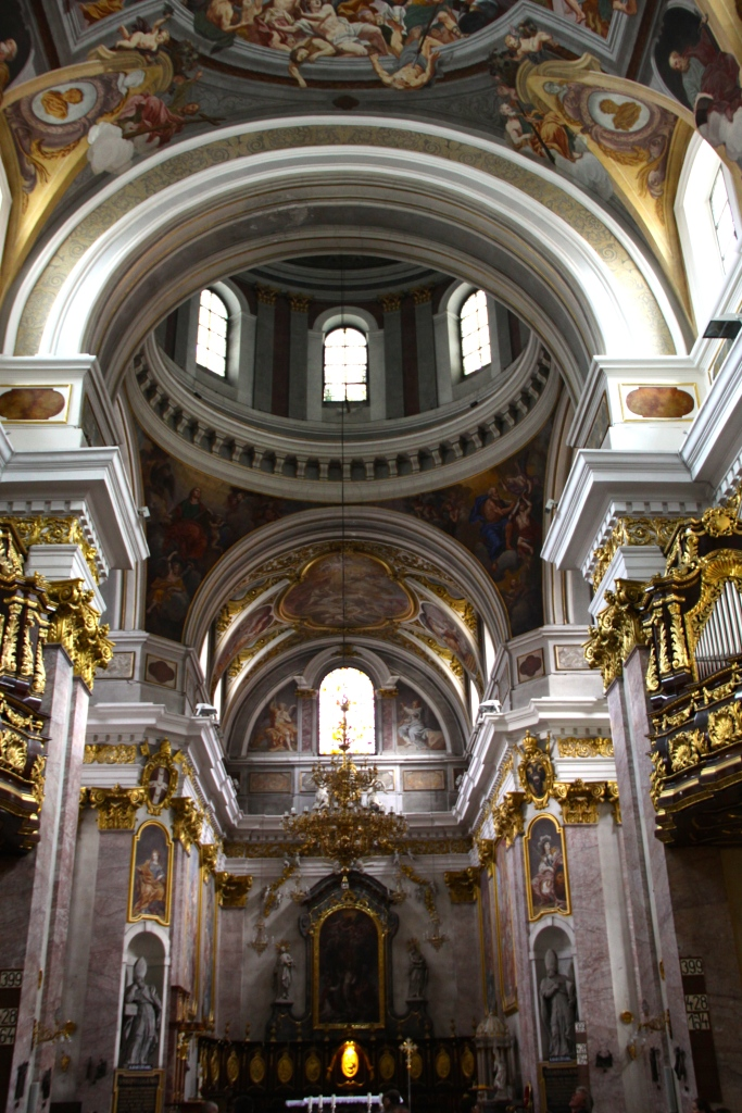 Altar and domed roof inside Church of St. Nicholas Cathedral