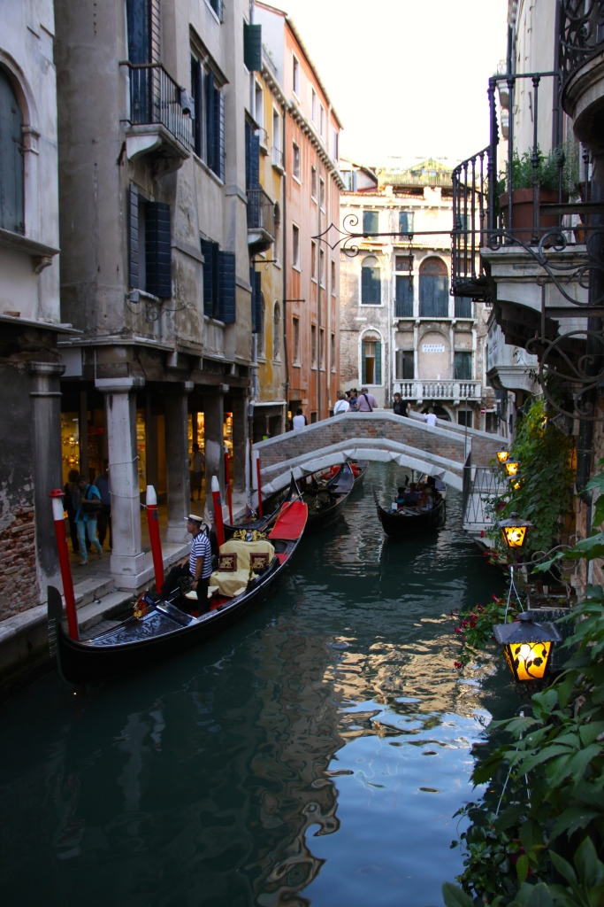 A gondolier looks for customers