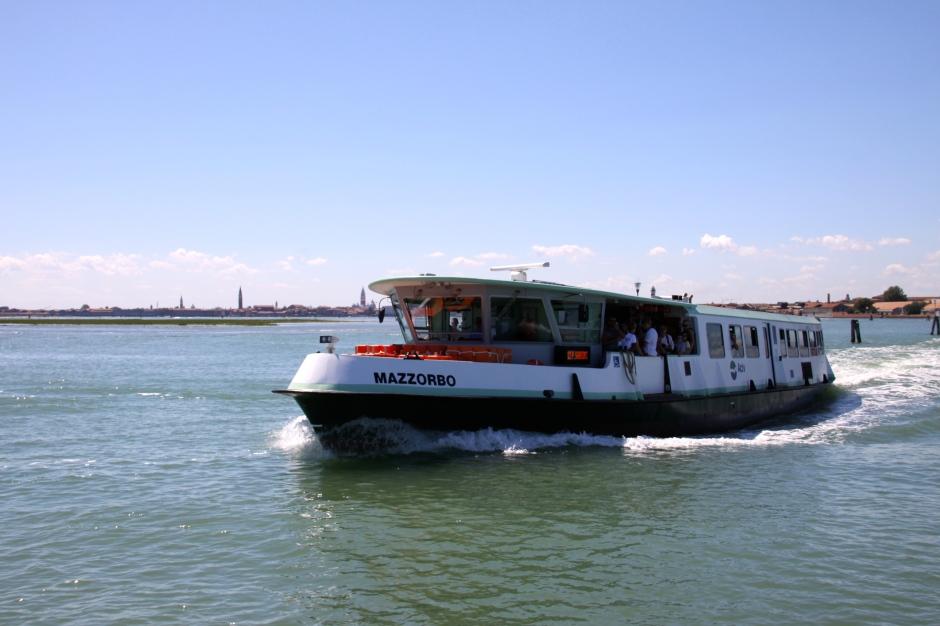 A vaporetto waterbus