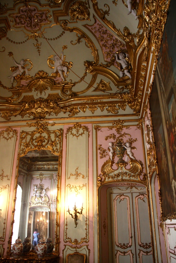 Another room in the palazzo