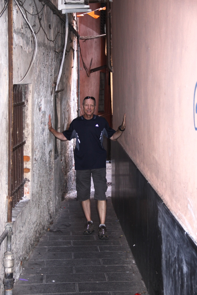 Some alleys are very narrow