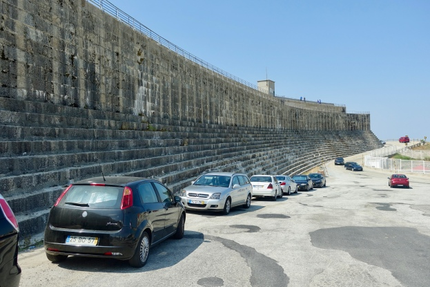Wall of the Comprida Dam