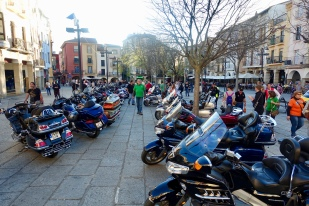 Parked in the main plaza of Plasencia