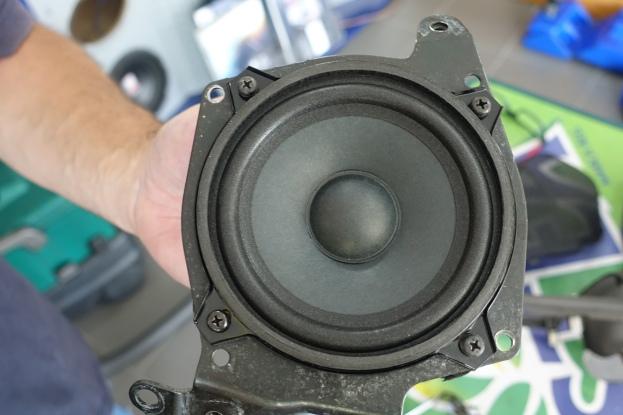 Speaker mounted to bracket